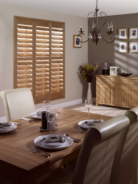 Blind davy 39 s kirkcaldy for Dining room kirkcaldy